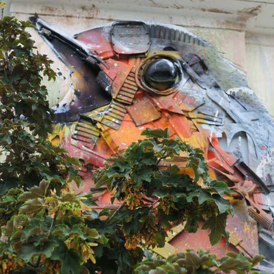 street-art-déchet-denonciation-écologie-bordalo2-bird-detail