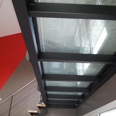 mézzanine avec plancher verre