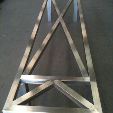 chassis de table contemporaine en acier