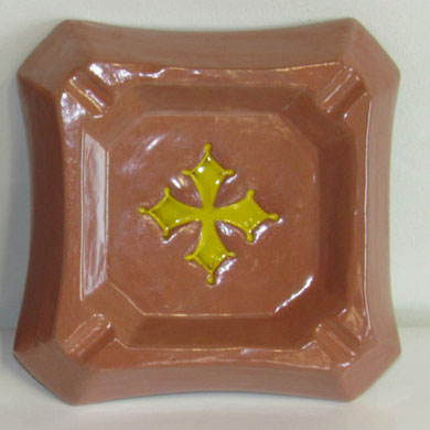 Cendrier Modèle Croix Occitane émaillé complètement
