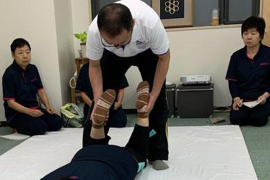 しんそう療方の殿屈検査で腰痛、座骨神経痛、脊柱管狭窄症などの原因がわかります。