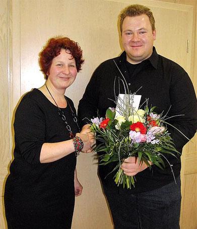 Der neue 1. Vorsitzender Mirko Tradt dankt der neuen Stellvertreterin -2018