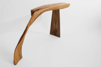 C1034 · Oak, European Walnut #bench#stool#console#sculpture#bowl#coffeetable#woodworking#interiordesign#woodsculptures#art#woodart#wooddesign#decorativewood#originalartwork#modernwoodsculpture#joergpietschmann#oldwood