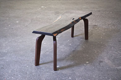 T1549 · Palisander, Walnut#arttable#table#coffeeetable#homedecoration#artcollector#sculpturel#coffeetable#woodworking#interiordesign#woodsculpture#art#woodart#wooddesign#decorativewood#originalartwork#modernwoodsculpture#joergpietschmann#oldwoo