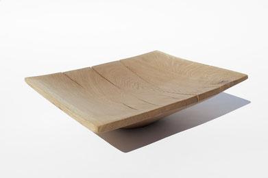 V1527 · Oak#vessel#bowl#coffeetable#woodworking#interiordesign#woodsculptures#art#woodart#wooddesign#decorativewood#originalartwork#modernwoodsculpture#joergpietschmann#oldwood