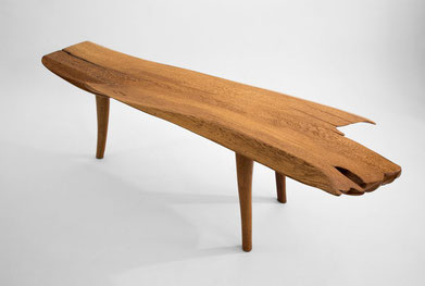 B0048 · Oak#bench#stool#console#sculpture##woodworking#interiordesign#woodsculptures#art#woodart#wooddesign#decorativewood#originalartwork#modernwoodsculpture#joergpietschmann#oldwood