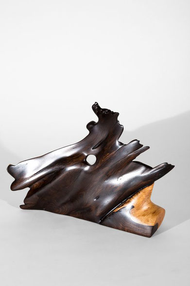 S1083 · Tropical Wood#sculpture#bowl#coffeetable#woodworking#interiordesign#woodsculptures#art#woodart#wooddesign#decorativewood#originalartwork#modernwoodsculpture#joergpietschmann#oldwood