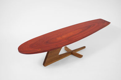 T1325 · Padouk, European Walnut#arttable#table#coffeeetable#homedecoration#artcollector#sculpturel#coffeetable#woodworking#interiordesign#woodsculpture#art#woodart#wooddesign#decorativewood#originalartwork#modernwoodsculpture#joergpietschmann#oldwood