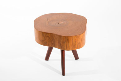 T1130 · Teak, Padouk#arttabletable#coffeeetable#sculpture#bowl#coffeetable#woodworking#interiordesign#woodsculptures#art#woodart#wooddesign#decorativewood#originalartwork#modernwoodsculpture#joergpietschmann#oldwood