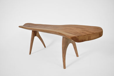 T1244 · Oak#bench#stool#console#sculpture##woodworking#interiordesign#woodsculptures#art#woodart#wooddesign#decorativewood#originalartwork#modernwoodsculpture#joergpietschmann#oldwood