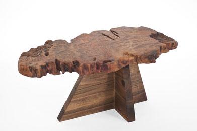 T2581 · Afzelia, Europ.Walnut#arttable#table#coffeeetable#homedecoration#artcollector#sculpturel#coffeetable#woodworking#interiordesign#woodsculpture#art#woodart#wooddesign#decorativewood#originalartwork#modernwoodsculpture#joergpietschmann#oldwoo