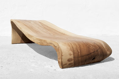 C1238 · Ash#bench#stool#console#sculpture##woodworking#interiordesign#woodsculptures#art#woodart#wooddesign#decorativewood#originalartwork#modernwoodsculpture#joergpietschmann#oldwood