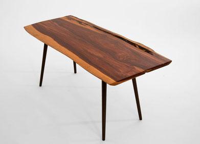 T1064 · Cocobolo, Padouk#arttable#table#coffeeetable#homedecoration#artcollector#sculpturel#coffeetable#woodworking#interiordesign#woodsculpture#art#woodart#wooddesign#decorativewood#originalartwork#modernwoodsculpture#joergpietschmann#oldwood