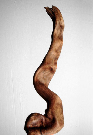 Sculpture · S0125 · Bush Wood#woodsculpture#stool#console#sculpture#originalart#woodworking#interiordesign#woodsculptures#art#woodart#wooddesign#decoration#decorativewood#originalartwork#modernwoodsculpture#joergpietschmann#oldwood