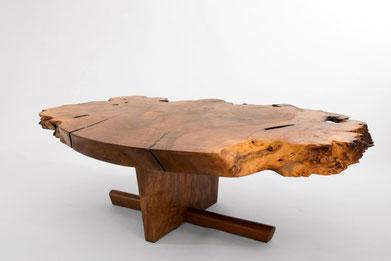 T1153 · Asian Walnut, European Walnut#arttabletable#coffeeetable#sculpture#bowl#coffeetable#woodworking#interiordesign#woodsculptures#art#woodart#wooddesign#decorativewood#originalartwork#modernwoodsculpture#joergpietschmann#oldwood