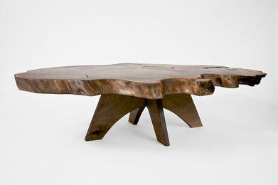 T1335 · Cauc.Walnut, Europ.Walnut#arttable#table#coffeeetable#homedecoration#artcollector#sculpturel#coffeetable#woodworking#interiordesign#woodsculpture#art#woodart#wooddesign#decorativewood#originalartwork#modernwoodsculpture#joergpietschmann#oldwood