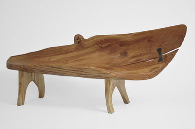 B1086 · Oak#bench#stool#console#sculpture##woodworking#interiordesign#woodsculptures#art#woodart#wooddesign#decorativewood#originalartwork#modernwoodsculpture#joergpietschmann#oldwood