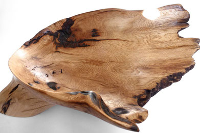 V1073 · Oak#vessel#bowl#coffeetable#woodworking#interiordesign#woodsculptures#art#woodart#wooddesign#decorativewood#originalartwork#modernwoodsculpture#joergpietschmann#oldwood