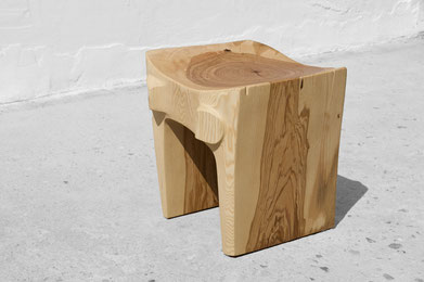 C1228 · Ash#bench#stool#console#sculpture##woodworking#interiordesign#woodsculptures#art#woodart#wooddesign#decorativewood#originalartwork#modernwoodsculpture#joergpietschmann#oldwood