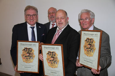 Frank Schwarz, Hermann Weßlau (Vorsitzender VDUBV), Harald Molder, Werner Halverkamps (Foto: H. Pischke)