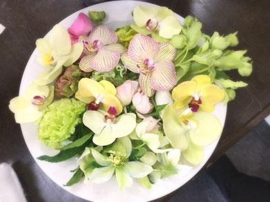 ブーケの花材写真