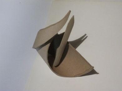 1989 sculpture abstraite en carton N° 5