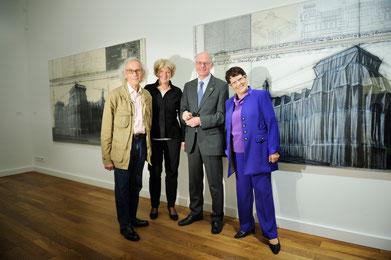 Christo, Monika Grütters, Norbert Lammert und Rita Süssmuth in der Villa Schöningen, 1. November 2013. // Foto: David Heerde