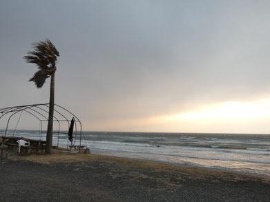 雨風強い時間でしたが、一瞬夕日が!