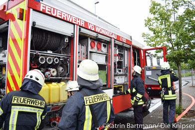 Auch die praktische Prüfung wurde hier veranstaltet. Somit haben die jungen Feuerwehrleute ihre Grundausbildung beendet.