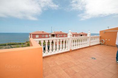 Blick von der Terrasse der Wohnung bis zum Strand von Puerto de la Cruz