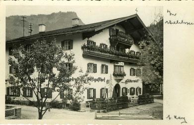 Bild: Aussenansicht Postgasthof Fischerwirt Walchsee Kaiserwinkl