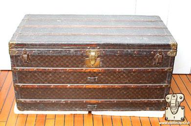 Malle courrier Louis Vuitton ancienne provenant de Miami