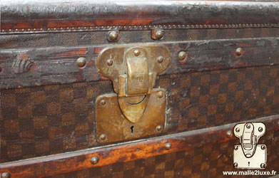 This  mail trunk  was brought to us from Miami by airliner old Louis Vuitton