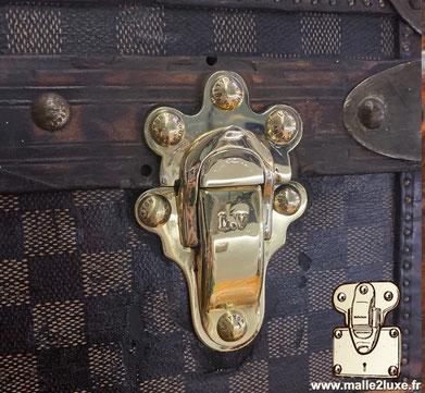 fermoirs en laiton massif Malle Louis Vuitton