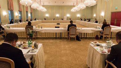 Politisches Frühstück mit Polens Außenminister Zbigniew Rau