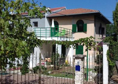 Апартаменты в Сплите первый ряд. Отдых с детьми. Хорватия