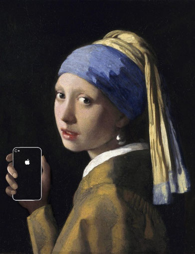 """Kim Dong-Kyu, """"Girl with a pearl earring and an IPhone"""""""