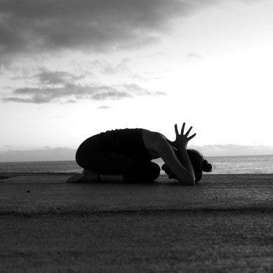 Shashankasana, Hare Pose, Florentine Freytag Hatha Yoga in Altona / Ottensen