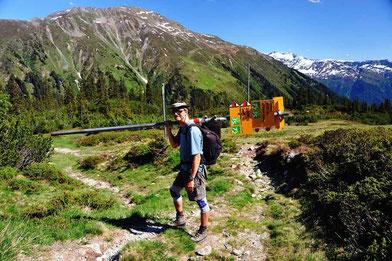 Bild:Wandern,Madrisa,Klosters,David Brandenberger,d-t-b.ch,d-t-b,Wanderer,Wegweiser,Buckel,