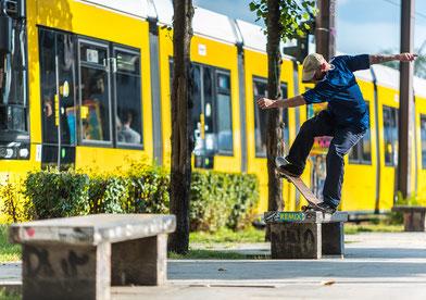 Vamos Skateboards - MiggiRollz Bluntslide