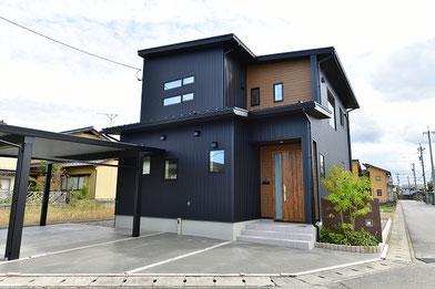 福井市に建つカフェのような家の建築実例