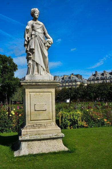 Im Tuilleriengarten - zwischen Place de la Concorde und Louvre
