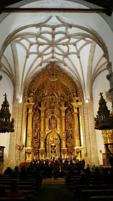 Concierto de Semana Santa en La Parroquie de San Cipriano de Fontiveros( Avila) 20 de Marzo de 2016, Directora Mª Angeles de Miguel.
