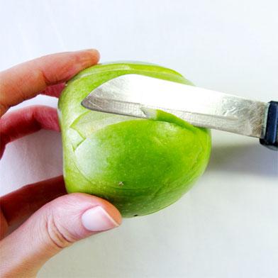 Beatrice Winkel - Apfelhaut entfernen