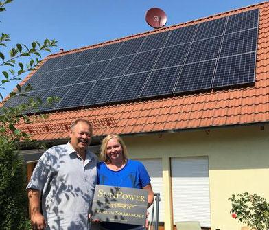 Die stolzen Photovoltaikanlagenbesitzer