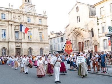 Bild: La Pégoulado in Arles, Bouches du Rhône