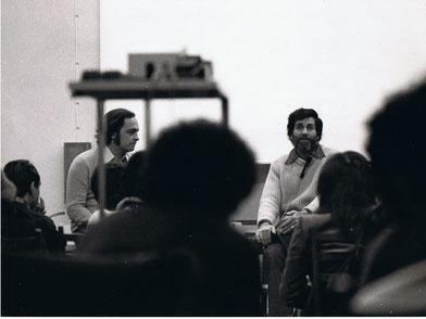 Gianni Pettena con Allan Kaprow, Universita di Firenze, 1975