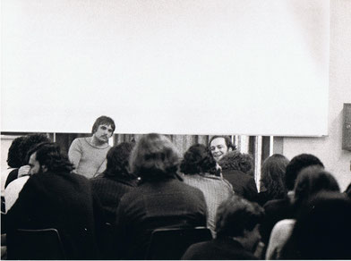 Chris Burden con Gianni Pettena, Universita di Firenze, 1975
