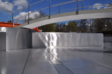 Reconstruction of the concrete pool into the stainless steel ...