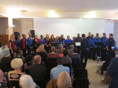 La Sacrée Chorale & Atout Choeur chantent ensemble